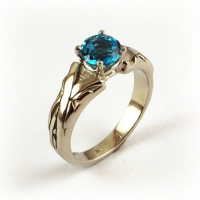 7-3084_ring_gold_blue_topaz