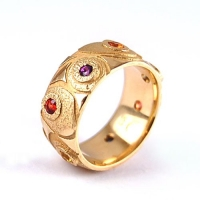 7.1120_ring_largeband_sapphires