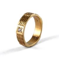 7-1005_ring_gold_diamond_band