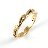 7.1100_ring_gold_diamond_band