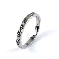 7.1065_ring_gold_diamond_band