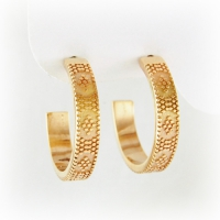 7-7011_earrings_gold_mosaic_hoops