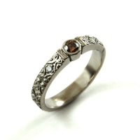 7.3090_Ring_Paladium_Champagne_Diamond