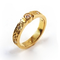 7.3092_yellowgold_diamond_ring