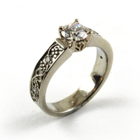 7.3094_Ring_Gold_Diamond