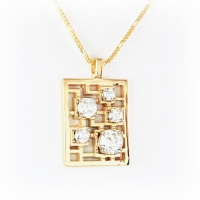 Pendant_Custom_Gold_Square_Diamond