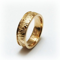 7-2024_ring_gold_rivulet_band