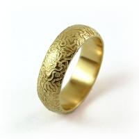 7-2025_ring_gold_horizontal_mgane_band