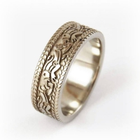 7-2057_ring_gold_straffordshire_dragon_band
