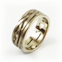 7-2068_ring_gold_cirque_band