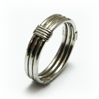 ring_platinum_wire_band