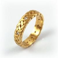7-1082_ring_gold_gallaecia_band.jpg